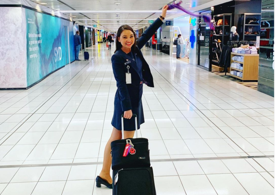 Bachelor contestant Chanel in the airport