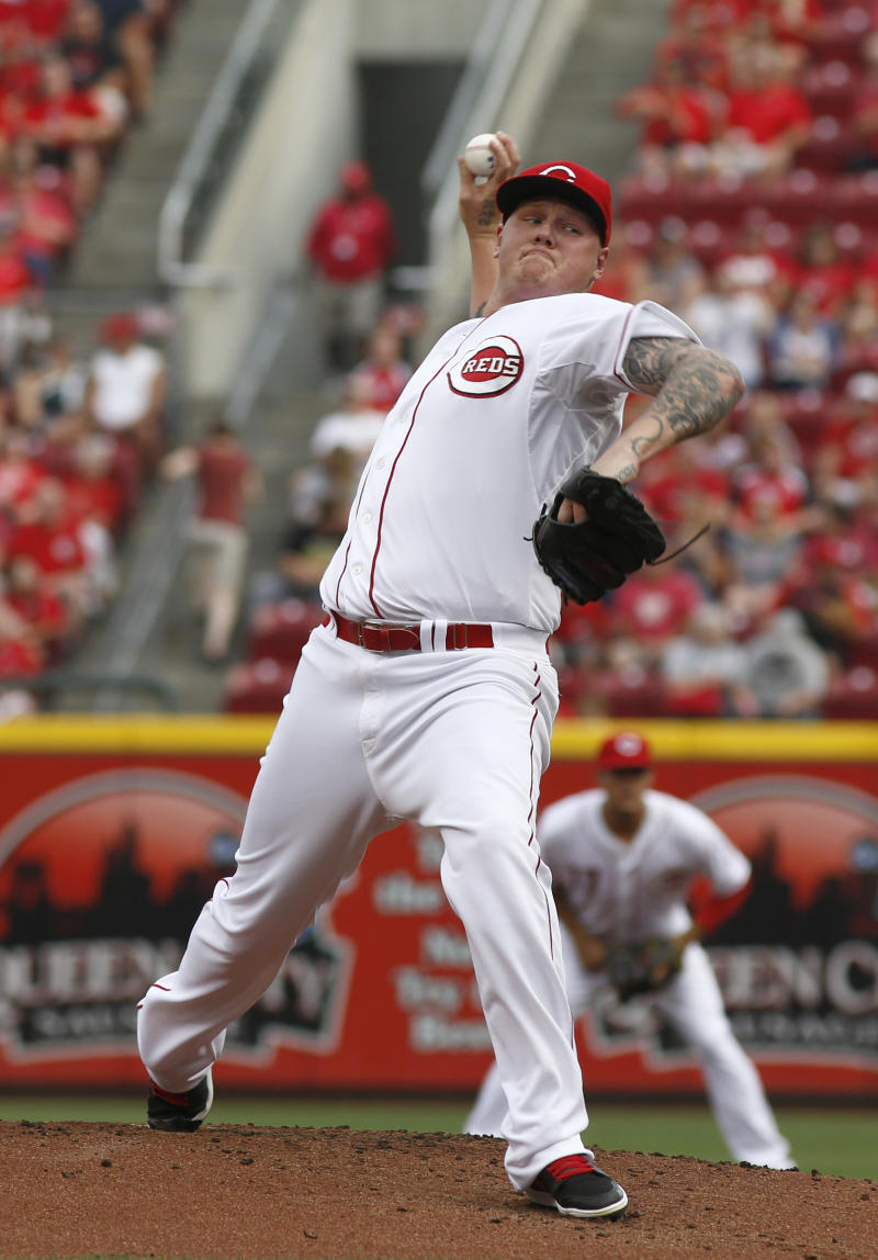 Cozart, Negron HRs back Latos, Reds over Indians