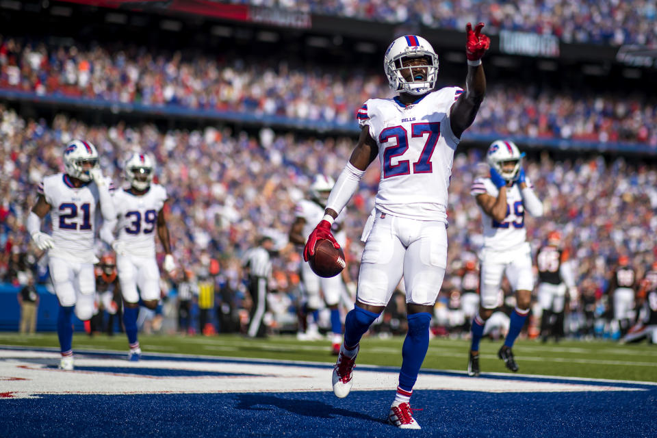 BUFFALO, NEW YORK - SEPTEMBER 22: (EDITORS NOTE: Retransmission with alternate crop.) Tre'Davious White #27 of the Buffalo Bills celebrates after making the game clinching interception in the final seconds of the fourth quarter against the Cincinnati Bengals at New Era Field on September 22, 2019 in Orchard Park, New York. Buffalo defeats Cincinnati 21-17. (Photo by Brett Carlsen/Getty Images)