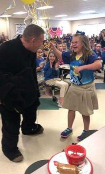 PHOTO: Keith Cowell surprised his daughter Kindle at school after returning from Afghanistan. (Lisa Cowell)