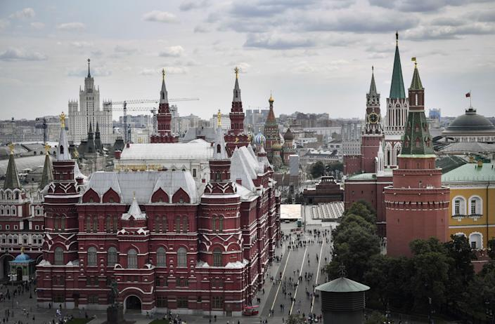 A view of the Kremlin and Red Square in downtown Moscow (Photo: ALEXANDER NEMENOV/AFP via Getty Images)