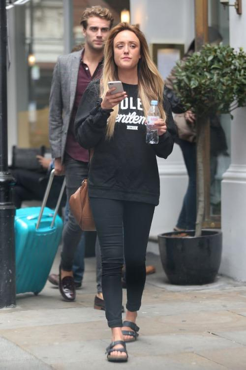 Charlotte Crosby Says She Doesn t Care If Max Morley Is Dating Her ... 766074dcbe2
