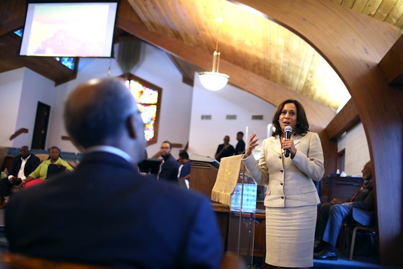 Democratic presidential candidate U.S. Sen. Kamala Harris (D-CA) speaks to parishioners at Corinthian Baptist Church on August 11, 2019 in Des Moines, Iowa. (Photo by Justin Sullivan/Getty Images)