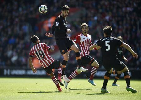 Britain Football Soccer - Southampton v Hull City - Premier League - St Mary's Stadium - 29/4/17 Hull City's Andrea Ranocchia in action with Southampton's Sofiane Boufal and Manolo Gabbiadini Reuters / Hannah McKay Livepic