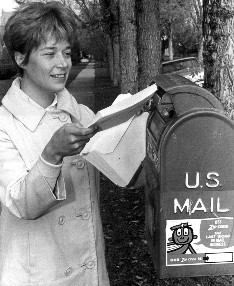 <p>Even though telephones were fully functional, it was considered poor taste to extend an invitation any way other than by mail — which also guaranteed invitations were sent far in advance. </p>