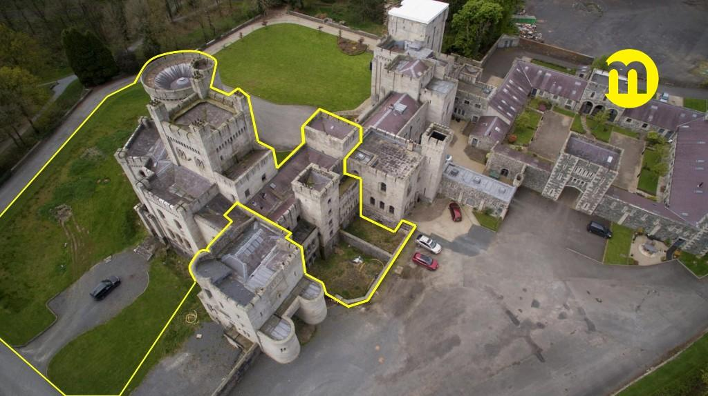 <p>Outlined in yellow is the portion of the Gosford Castle that could be yours however according to Maison Real Estate the view at this stage is to convert the space into 6 luxury apartments with each boasting an average space of 3500sq ft and rooftop gardens. Source: Maison Real Estate </p>