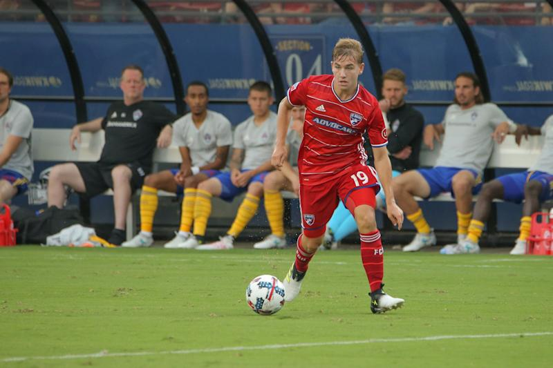 FRISCO, TX - JUNE 27: FC Dallas midfielder Paxton Pomykal (19) looks to pass the ball during the game between FC Dallas and Colorado Rapids on June 27, 2017, at Toyota Stadium in Frisco, TX. (Photo by George Walker/Icon Sportswire via Getty Images)