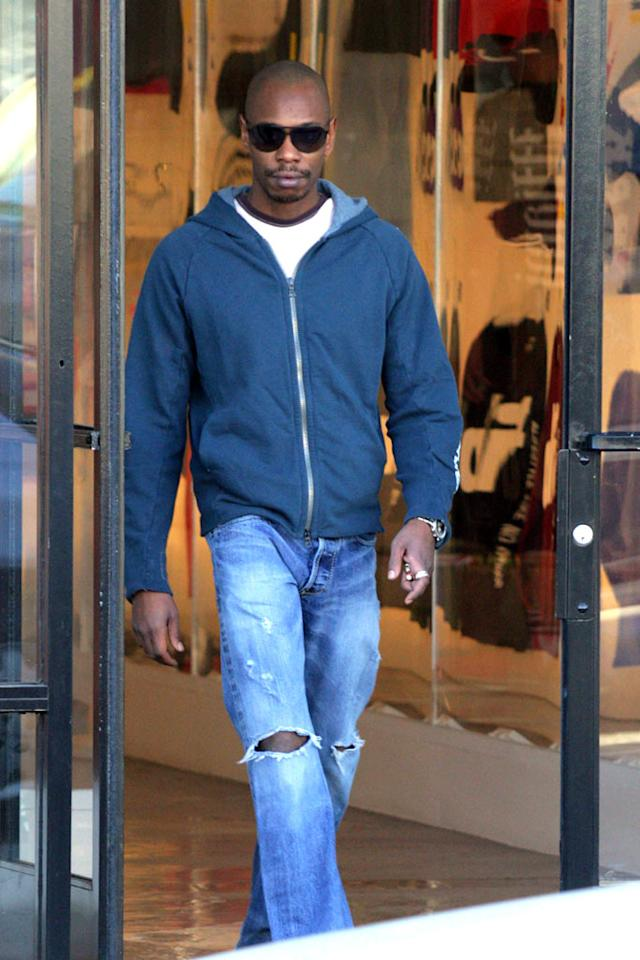 "Dave keeps it casual in a white tee, gray hoodie, and ripped jeans. The star of films such as ""Undercover Brother"" and ""Half Baked"" rarely needs to get gussied up because he lives on a 65-acre farm in Ohio. Ginsburg-Spaly/<a href=""http://www.x17online.com"" target=""new"">X17 Online</a> - December 3, 2007"