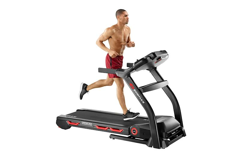man on bowflex treadmill