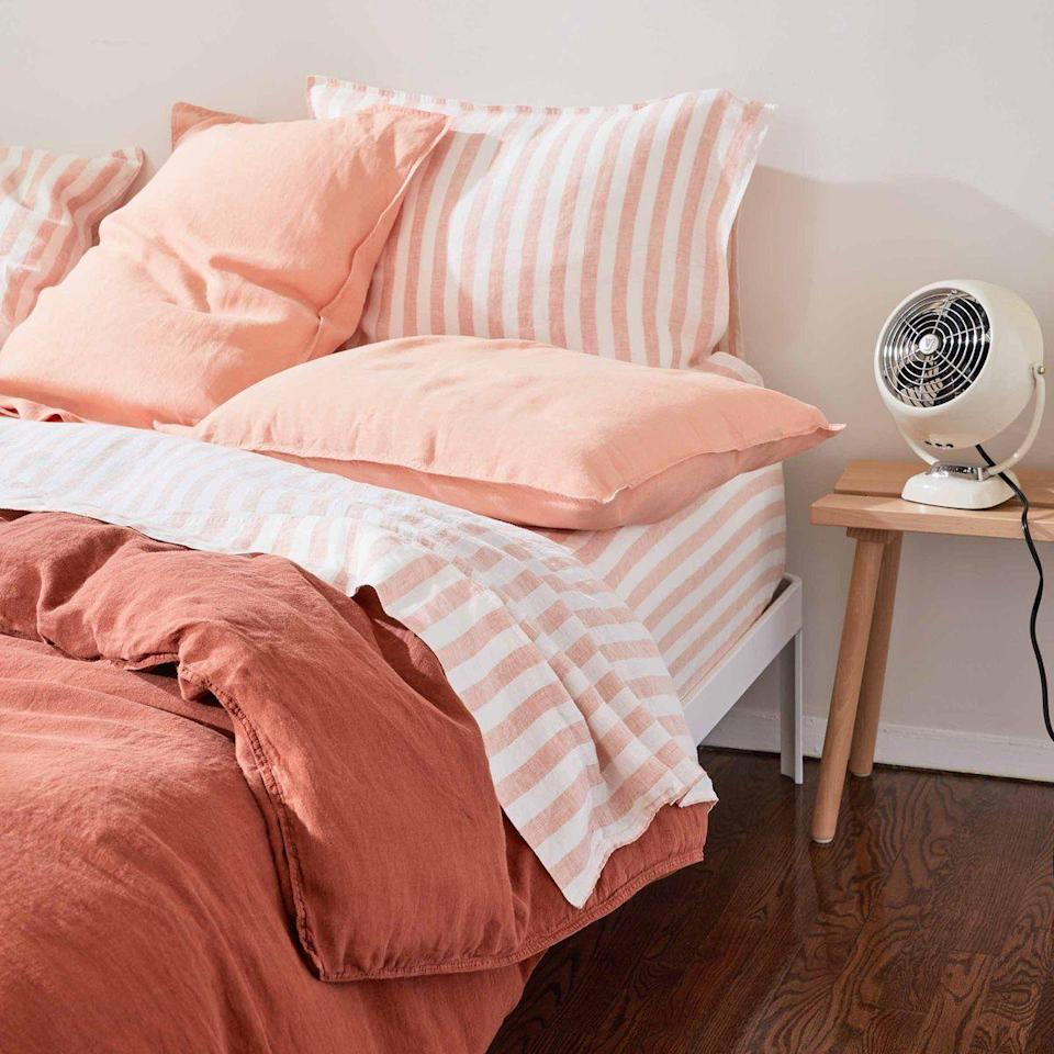 """<p><strong>Brooklinen</strong></p><p>brooklinen.com</p><p><a href=""""https://go.redirectingat.com?id=74968X1596630&url=https%3A%2F%2Fwww.brooklinen.com%2Fproducts%2Flinen-core-sheet-set-last-call&sref=https%3A%2F%2Fwww.womenshealthmag.com%2Flife%2Fg35699619%2Fbrooklinen-sheets-sale%2F"""" rel=""""nofollow noopener"""" target=""""_blank"""" data-ylk=""""slk:Shop Now"""" class=""""link rapid-noclick-resp"""">Shop Now</a></p><p><strong><del>$259 — $289</del> $207 — $231 (20% off)</strong></p><p>Anyone who runs hot when they sleep will find a lot to love about the cooling effects of linen sheets. It's like an instant-<em>ahh</em>.</p>"""