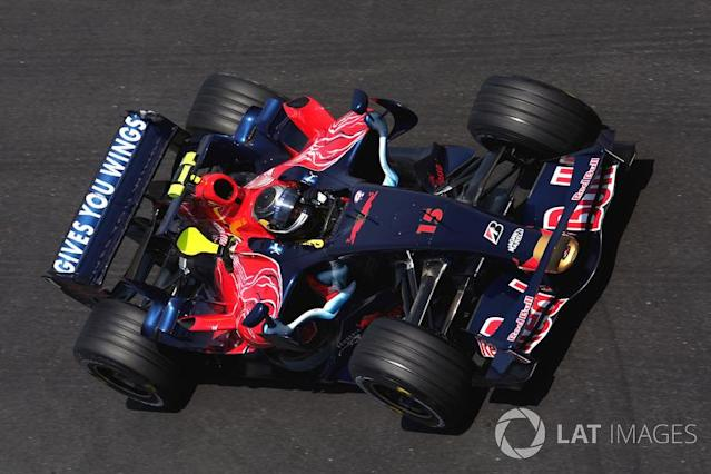 "Scuderia Toro Rosso STR02 (2007-2008) <span class=""copyright"">Sutton Motorsport Images</span>"