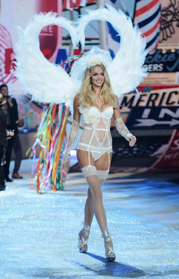Victoria's Secret Angel Lindsay Ellingson walks the runway during the 2012 Victoria's Secret Fashion Show at the Lexington Avenue Armory on November 7, 2012 in New York City.