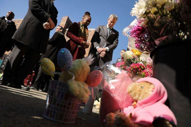 PHOTO: New York Mayor Bill de Blasio is joined by his wife Chirlane McCray and Councilman Brad Lander at a memorial at the site of an accident where two small children were killed by a driver in Brooklyn, March 7, 2018. (Spencer Platt/Getty Images, FILE)