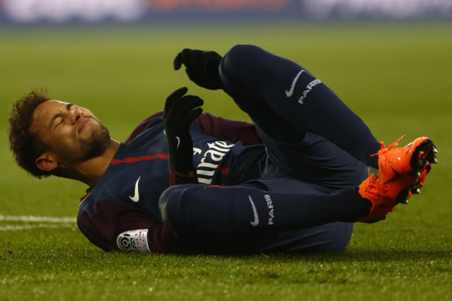 "<a class=""link rapid-noclick-resp"" href=""/olympics/rio-2016/a/1215128/"" data-ylk=""slk:Neymar"">Neymar</a> suffered a sprained ankle and a fractured foot during a 3-0 PSG win over Marseille. (Getty)"