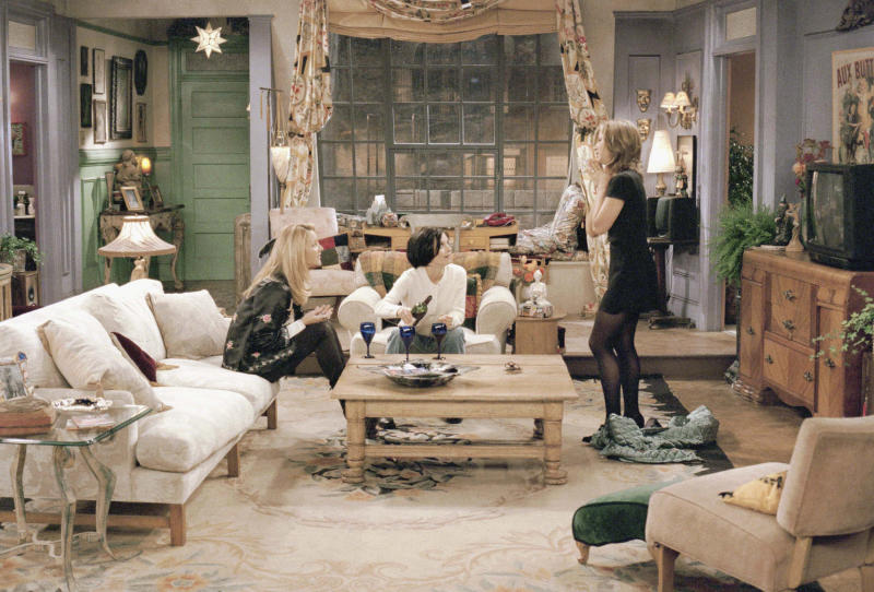 """FRIENDS -- """"The One with the List"""" Episode 8 -- Air Date 11/16/1995 -- Pictured: (l-r) Lisa Kudrow as Phoebe Buffay, Courteney Cox as Monica Geller, Jennifer Aniston as Rachel Green (Photo by Robert Isenberg/NBC/NBCU Photo Bank via Getty Images)"""