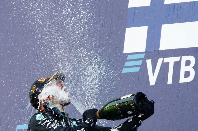 Bottas exploits Hamilton troubles in Russia to reignite title chances