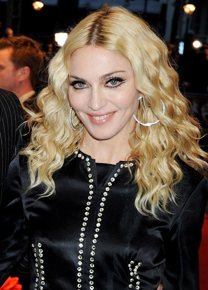 """<a href=""""http://movies.yahoo.com/movie/contributor/1800038606"""">Madonna</a> at the London Premiere of <a href=""""http://movies.yahoo.com/movie/1809921368/info"""">RocknRolla</a> - 09/01/2008"""