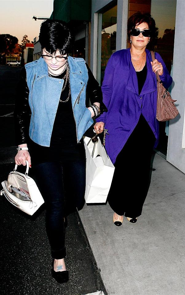 """Although a premiere date hasn't been announced yet, the Osbourne family is still planning to return to television in their own variety show on FOX. AKM/<a href=""""http://www.x17online.com"""" target=""""new"""">X17 Online</a> - February 19, 2009"""