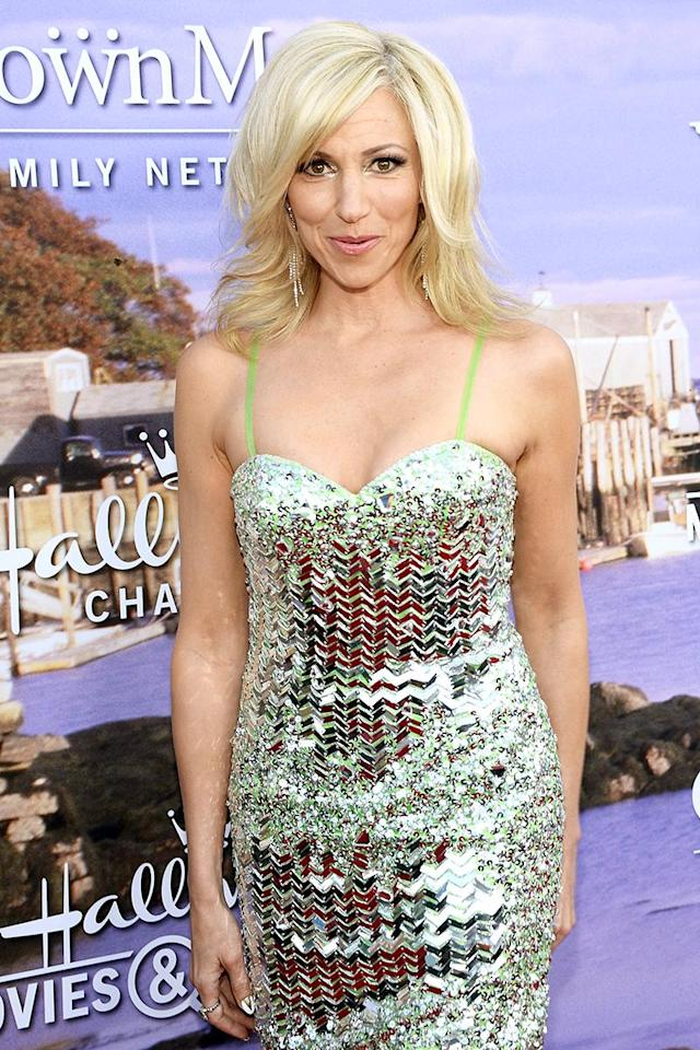 """<p>Singer Debbie Gibson <a href=""""https://www.yahoo.com/celebrity/debbie-gibson-000000716.html"""" data-ylk=""""slk:detailed;outcm:mb_qualified_link;_E:mb_qualified_link"""" class=""""link rapid-noclick-resp newsroom-embed-article"""">detailed</a> the hell that she went through after being diagnosed with Lyme disease in 2013. """"My back kept going out, I couldn't lift my head sometimes,"""" she told <i>People</i> the following year. """"My boyfriend said I was mixing up words in my texts. It really got into my cognitive skills."""" However, things were looking up for Gibson when <a href=""""https://www.yahoo.com/celebrity/debbie-gibson-black-hat-match-made-heaven-114003215.html"""" data-ylk=""""slk:Yahoo spoke with her this month;outcm:mb_qualified_link;_E:mb_qualified_link"""" class=""""link rapid-noclick-resp newsroom-embed-article"""">Yahoo spoke with her this month</a>, thanks to her health and the more relaxed approach to life she's taken since dealing with Lyme. """"My adrenals are finally repairing in a way that, I hope, is going to make me stronger than I ever was, because I've finally taken this moment,"""" Gibson said. """"I think my immune system was always a bit compromised, my adrenals were weak, and I just hit the override button constantly, really up until four or five years ago, and then something made me."""" The something, of course, was Lyme disease. (Photo: Matt Winkelmeyer/Getty Images) </p>"""