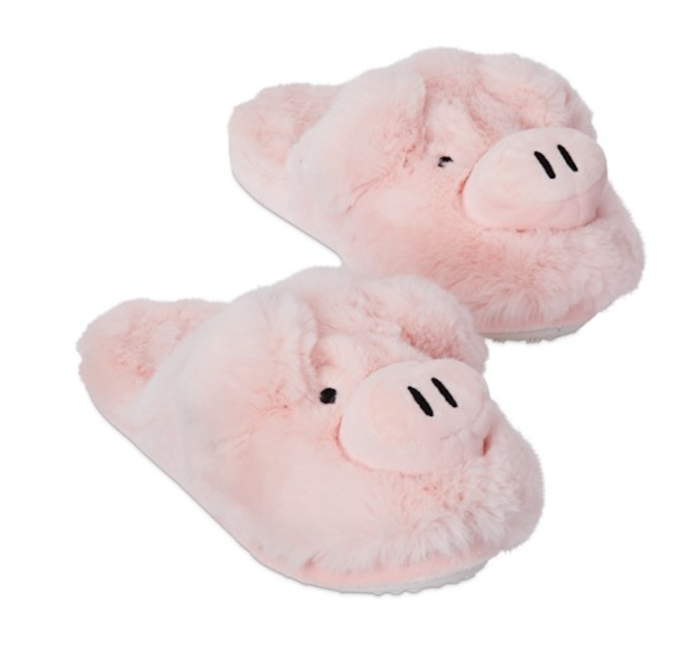 pig-shaped slippers