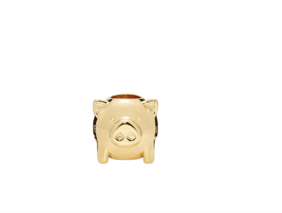 """<p><strong>Loewe</strong></p><p>loewe.com</p><p><strong>$125.00</strong></p><p><a href=""""https://www.loewe.com/usa/en/personalisation/big-animal-die-in-metal/111.AN.BDI-8130.html?country=US&lang=EN&countrynl=US&gclid=CjwKCAiAp4KCBhB6EiwAxRxbpBEDxjdb9U4r9mjG7TPh53psEKOZI6KgJBpu_2XuBWqMghuN7bahXxoCBsAQAvD_BwE"""" rel=""""nofollow noopener"""" target=""""_blank"""" data-ylk=""""slk:SHOP IT"""" class=""""link rapid-noclick-resp"""">SHOP IT</a></p><p>Not ready to fully dive into this trend? Start with this small charm from Loewe, with the logo engraved on the side.</p>"""