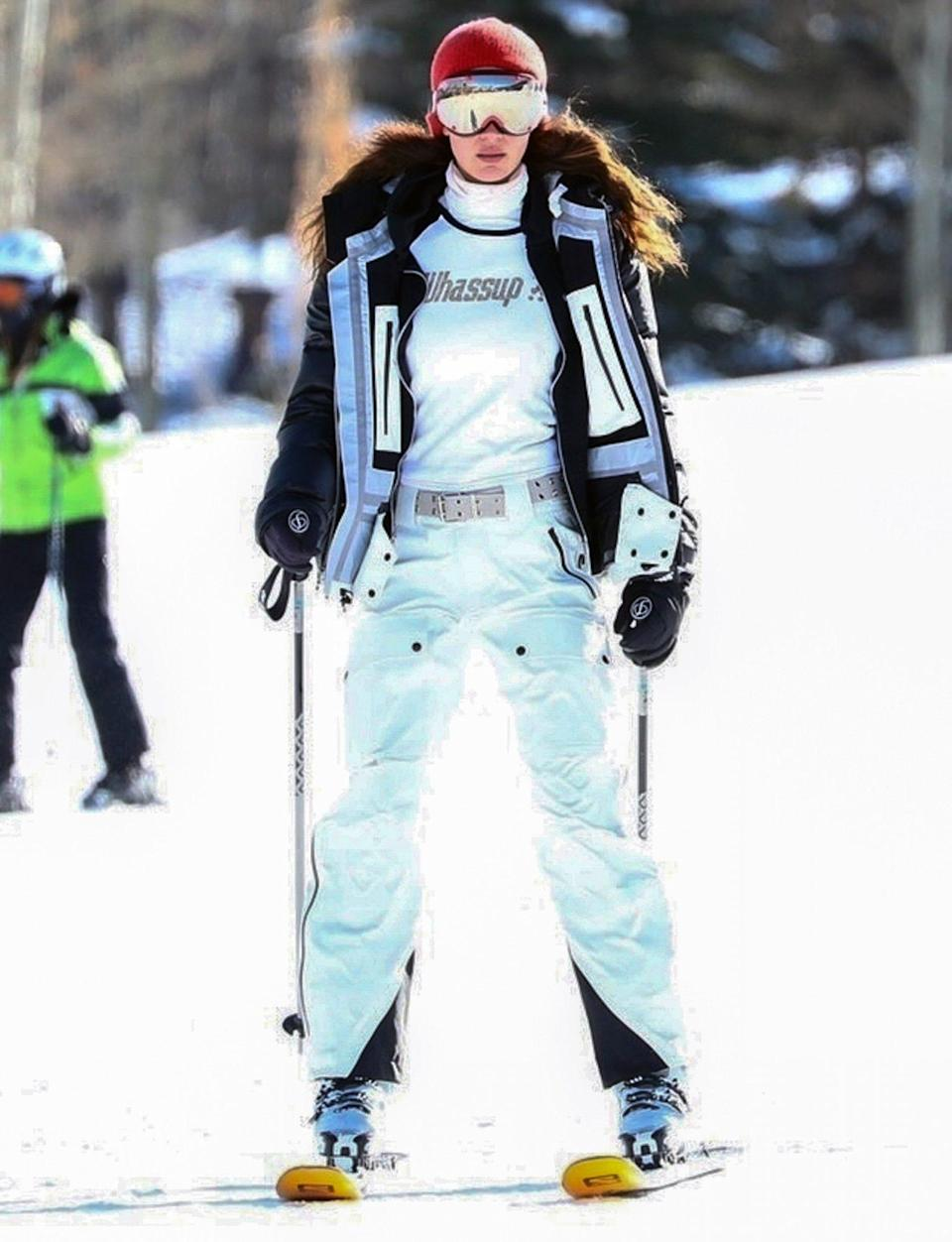 <p>Bella Hadid looks chic in her snow gear as she hits the slopes in Aspen, Colorado on Sunday.</p>