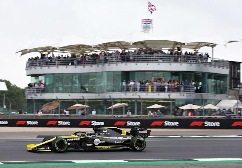 NORTHAMPTON, ENGLAND - JULY 13: Daniel Ricciardo of Australia driving the (3) Renault Sport Formula One Team RS19 on track during final practice for the F1 Grand Prix of Great Britain at Silverstone on July 13, 2019 in Northampton, England. (Photo by Charles Coates/Getty Images)