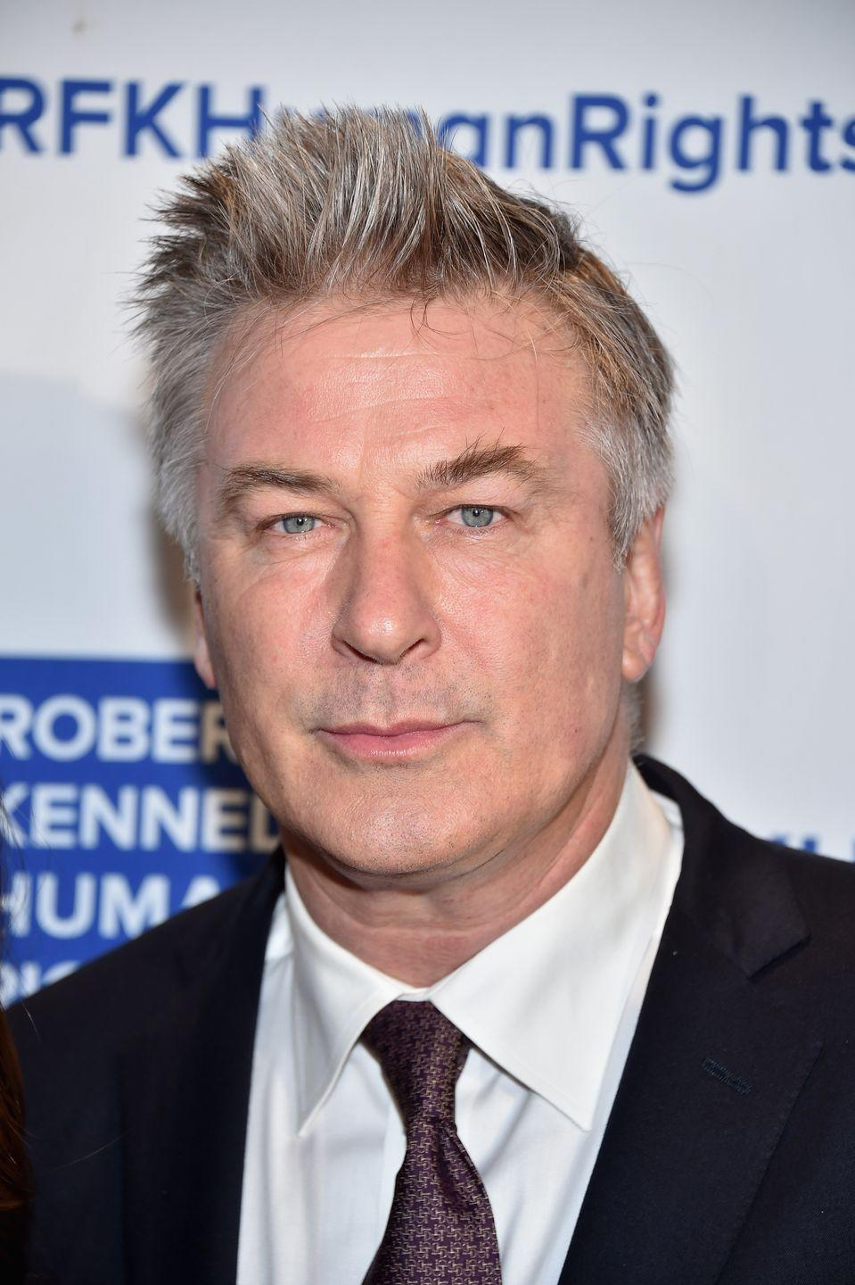<p>The actor, who has recently been sporting a blonde wig while playing Donald Trump on <em>Saturday Night Live</em>, let his brown and gray as of late.</p>