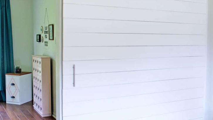 Contoh model partisi DIY sliding barn door. (Foto: prettyprovidence.com)