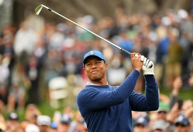 Tiger Woods plays from the fourth tee in the second round of the 2019 US Open at Pebble Beach (AFP Photo/ROSS KINNAIRD)