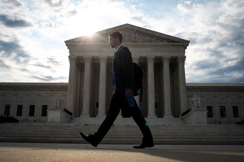 U.S. Supreme Court bolsters law banning 'robocalls'
