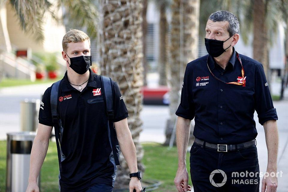 """Guenther Steiner, Team Principal, Haas F1 and Mick Schumacher<span class=""""copyright"""">Andy Hone / Motorsport Images</span>"""