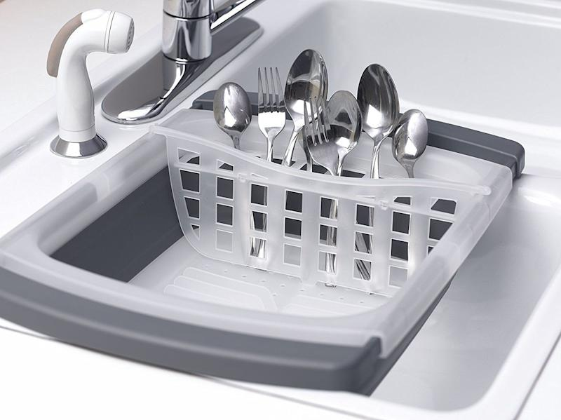 "No counter space? No problem. <a href=""https://www.amazon.com/Prepworks-Progressive-Collapsible-Over-Drainer/dp/B002R5A178"" target=""_blank"">This over-the-sink dish rack </a>allows you to wash and dry your dishes all within the same space."