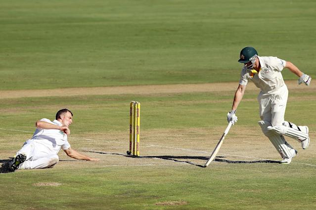 CENTURION, SOUTH AFRICA - FEBRUARY 12: Ryan McLaren of South Africa fails to run-out Shaun Marsh of Australia during day one of the First Test match between South Africa and Australia on February 12, 2014 in Centurion, South Africa. (Photo by Morne de Klerk/Getty Images)