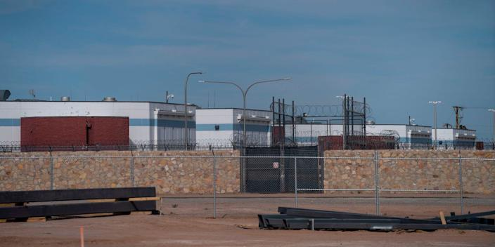"The Immigration and Customs Enforcement's El Paso processing center seen on April 16, 2020. <p class=""copyright""><a href=""https://www.gettyimages.com/detail/news-photo/the-immigration-and-customs-enforcement-el-paso-processing-news-photo/1210114326?adppopup=true"" rel=""nofollow noopener"" target=""_blank"" data-ylk=""slk:Paul Ratje / Agence France-Presse/AFP"" class=""link rapid-noclick-resp"">Paul Ratje / Agence France-Presse/AFP</a></p>"