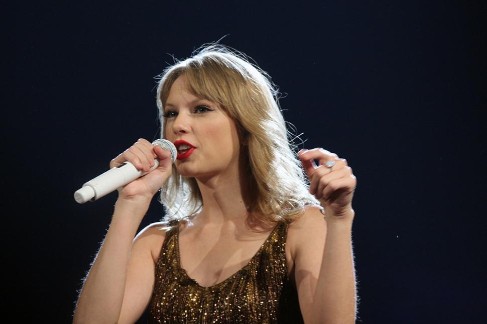 It's back to the Grammys stage for Taylor Swift: Pop star confirmed to perform