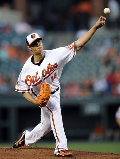 Reynolds hits 2 HRs as Orioles beat Red Sox 7-1