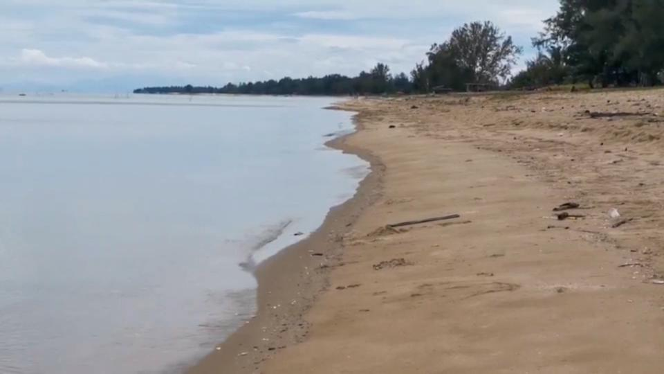 Thailand's Niyom beach, in Surat Thani province, where the ambergris worth $1.7 million was found. Source: Viral Press/Australscope