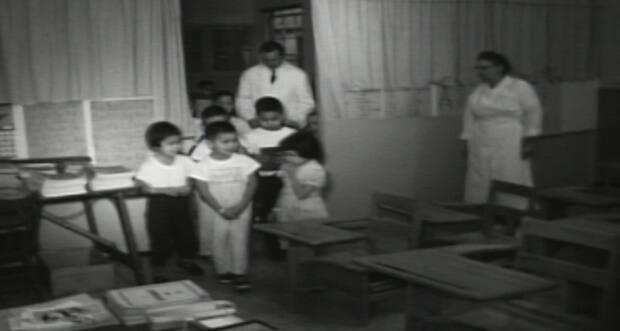 CBC footage from 1964 shows children at the Nanaimo Indian Hospital going into a classroom on the site.  (CBC Archives - image credit)