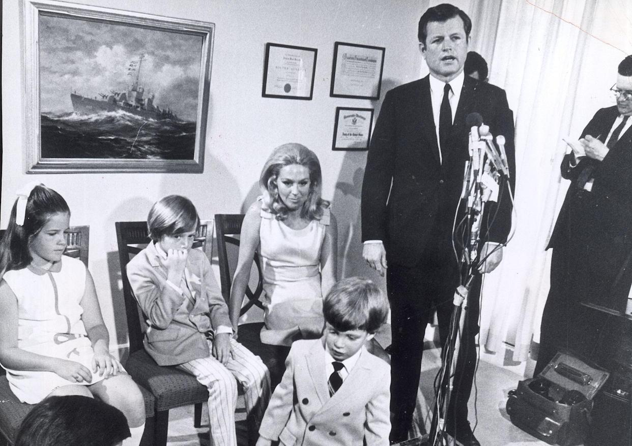 Sen. Ted Kennedy announces he will run for reelection of his Senate seat on June 11, 1970, in Boston, during a press conference attended by daughter Kara, 10; son Ted Jr., 8; Patrick, 3; and wife Joan Kennedy. (Photo: Charles Dixon/The Boston Globe via Getty Images)