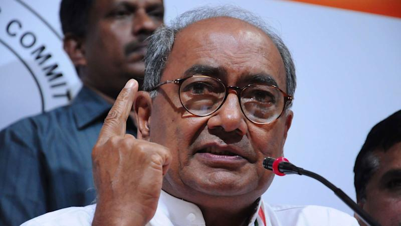 Digvijaya Accuses BJP, CM Raman Singh of Compromising With Naxals