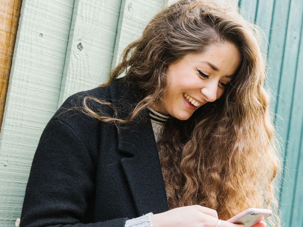 How To Get More Matches On OkCupid, According To An Expert