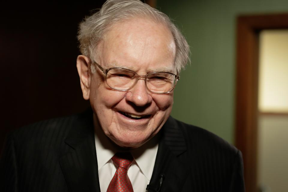 CNBC NEWS-- Pictured: Warren Buffett in his office in Omaha, Nebraska, on August 4, 2015 -- (Photo by: David A. Grogan/CNBC/NBCU Photo Bank/NBCUniversal via Getty Images)
