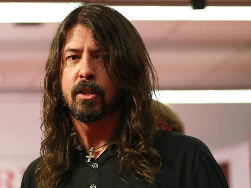 Dave Grohl defends teachers opposed to returning to COVID-19 classrooms