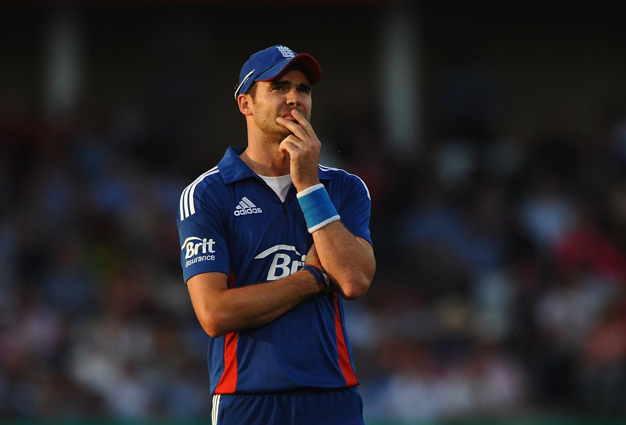 NOTTINGHAM, ENGLAND - SEPTEMBER 05: James Anderson of England looks on during the 5th NatWest Series ODI match England and South Africa at Trent Bridge on September 5, 2012 in Nottingham, England.  (Photo by Laurence Griffiths/Getty Images)