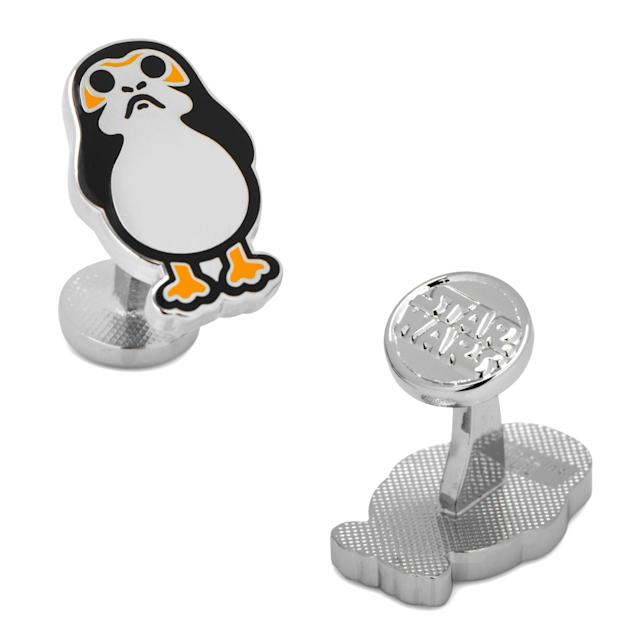<p>Show up to a holiday party in style with these $65 beauts via Cufflinks.com. </p>