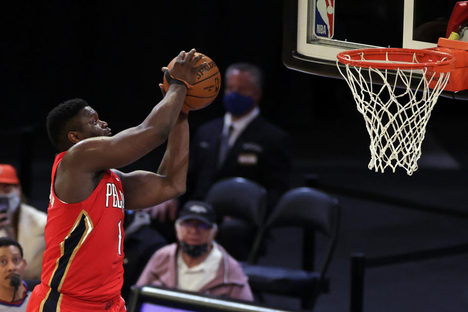 New York, New York, USA; New Orleans Pelicans forward Zion Williamson (1) dunks the ball against the New York Knicks during the second half at Madison Square Garden. Mandatory Credit: Adam Hunger/POOL PHOTOS-USA TODAY Sports