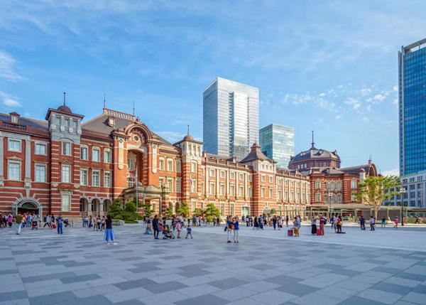 30 Perfect Places for Sightseeing, Dining, and Shopping around Marunouchi, the Imperial Palace, and Tokyo Station