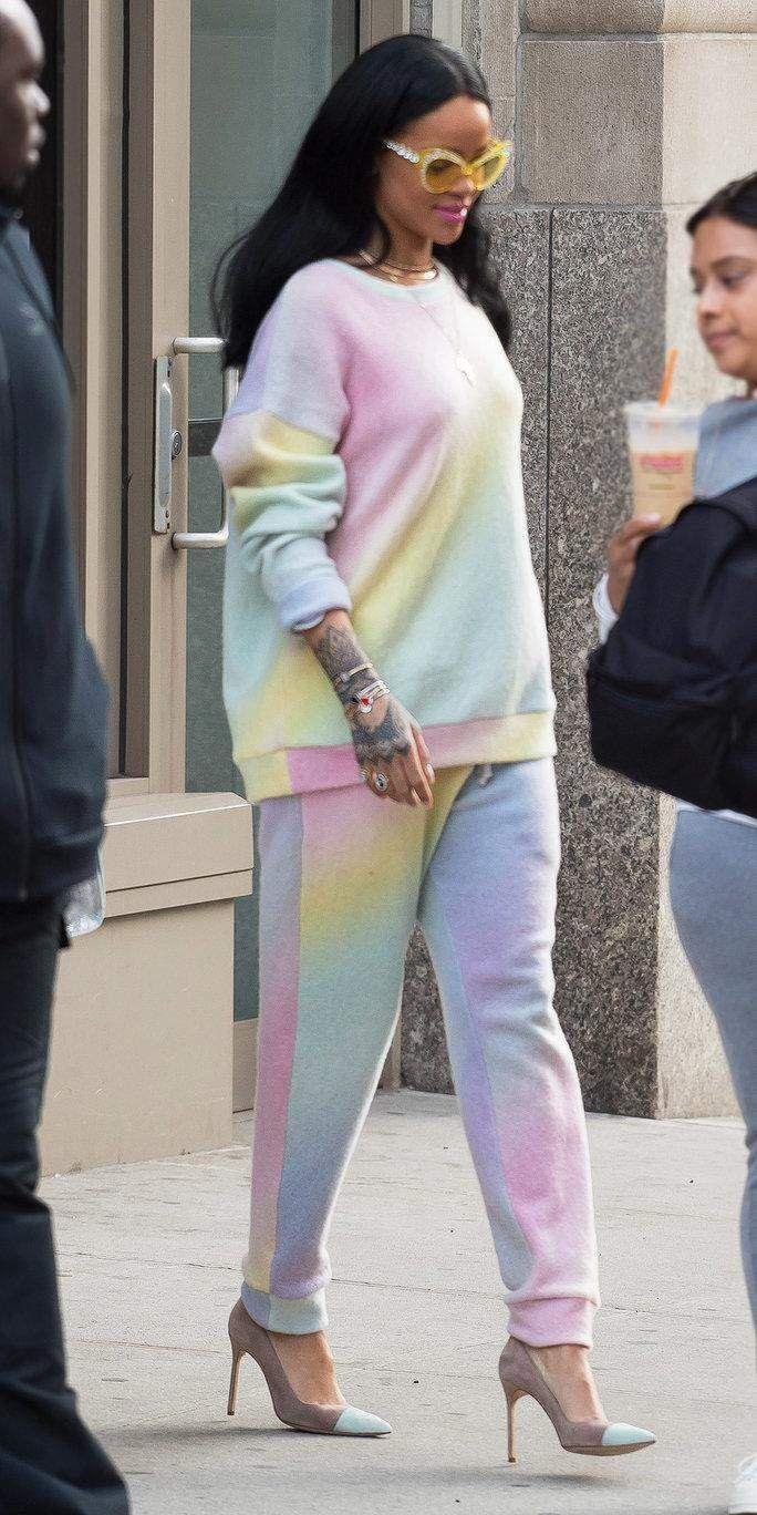 <p>Stepping out in Elder Stateman pastel sweats, pumps and yellow oversized cat eye sunglasses</p>