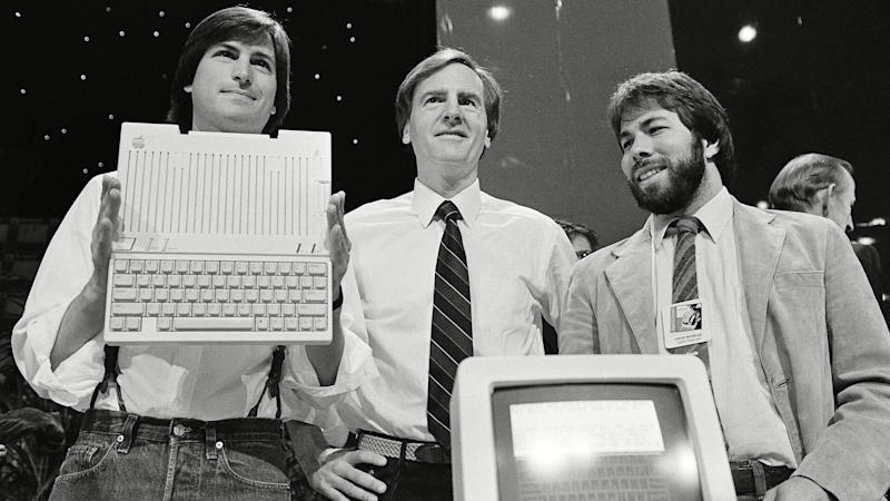 Photo by Sal Veder/AP/REX/Shutterstock (5953805a)Steve Jobs, Steve Wozniak, John Sculley Steve Jobs, left, chairman of Apple Computers, John Sculley, center, president and CEO, and Steve Wozniak, co-founder of Apple, unveil the new Apple IIc computer in San Francisco, CalifApple Wozniak Jobs, San Francisco, USA.